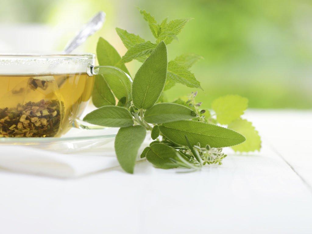 Green Tea Ice Cubes To De-Puff Eyebags